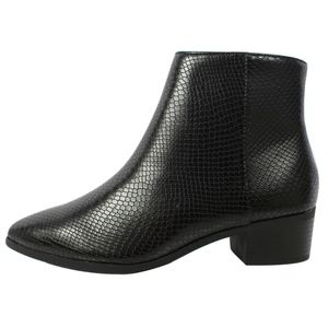 Black Snake Pu Pointy Toe Stacked Heel Ankle Boot